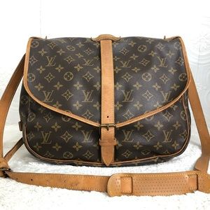 🌸OFFERS?🌸Auth Louis Vuitton Monogram Crossbody